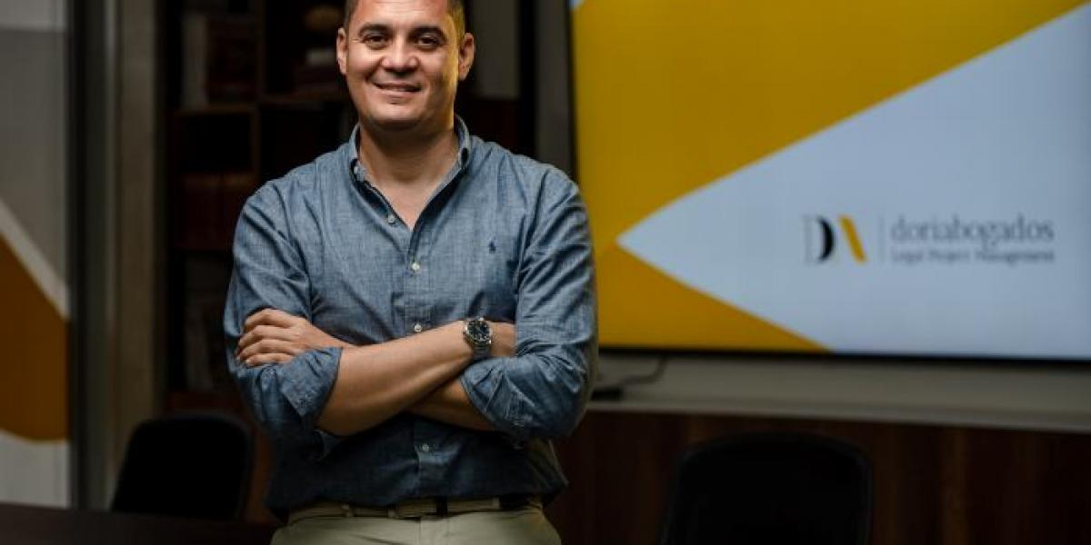 """""""Los abogados estamos en la segunda línea de batalla"""": Javier Doria"""